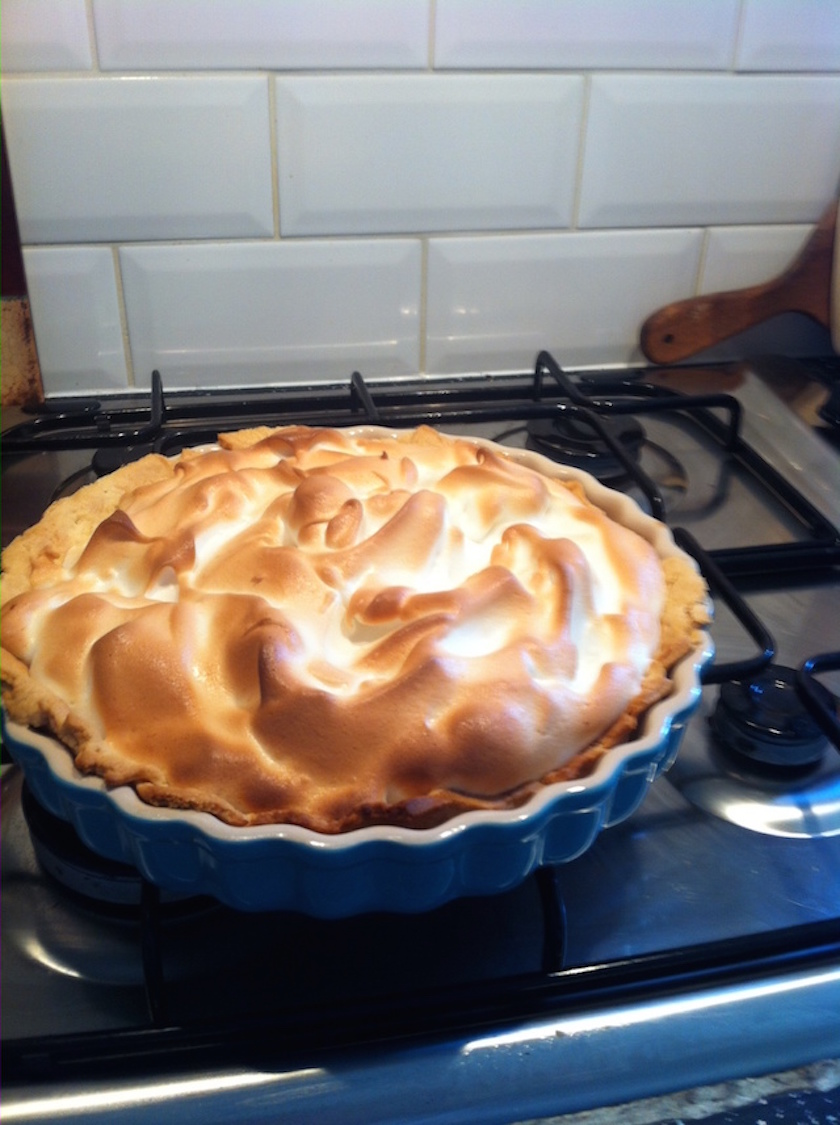 Ta daa!!! Lemon meringue pie!
