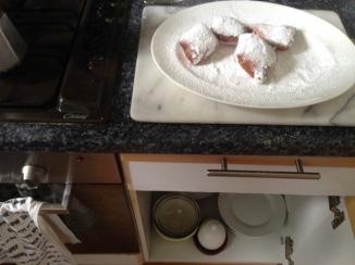 cooking beignets